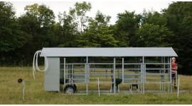 Salle de traite mobile MOOTECH-4 avec armoire d'équipement